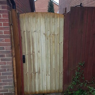 Replacement Garden Gate (Wooden Featherboard) in Hamble 2017